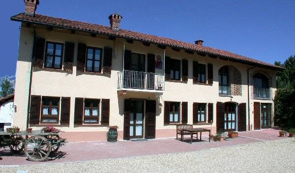 Cascina Caldera - Search for free rooms and guaranteed low rates in Cantarana 10 photos