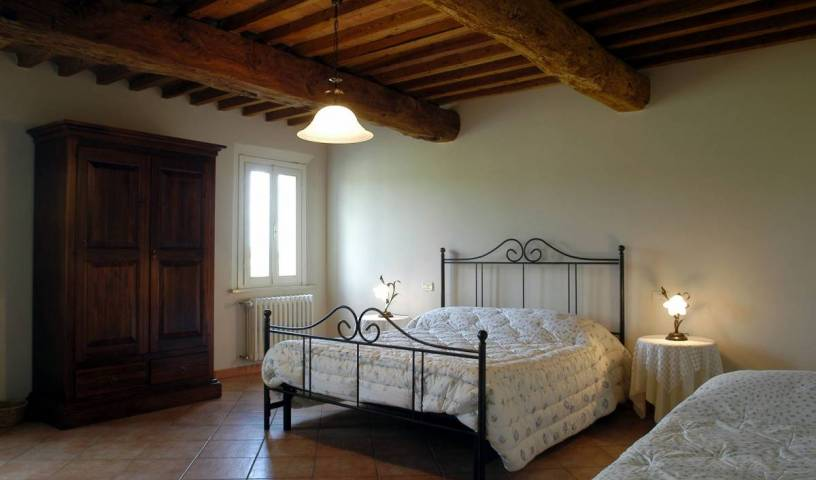Corte Bertoia Country House - Get cheap hostel rates and check availability in San Benedetto Po, backpacker hostel 8 photos