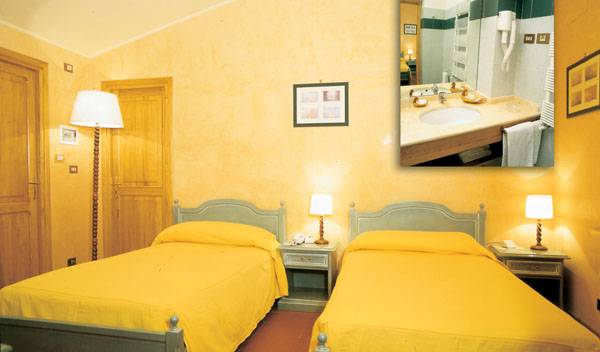 Country Club Castelfusano - Search available rooms and beds for hostel and hotel reservations in Rome 7 photos