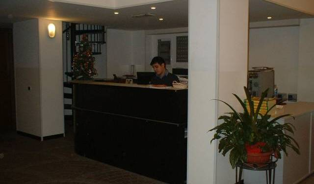 Hotel Nettuno, backpackers hotels hiking and camping 1 photo