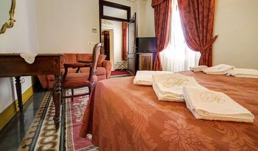 Hotel Portici - Search for free rooms and guaranteed low rates in Arezzo, hostels in ancient history destinations in Cortona, Italy 15 photos