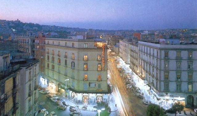 Hotel Prati -  Napoli, what is a bed & breakfast? Ask us and book now in Campania, Italy 11 photos