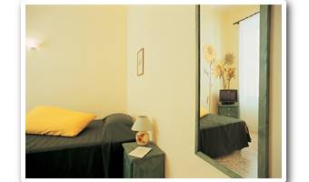 I Fiori Di Napoli Bed And Breakfast - Search available rooms and beds for hostel and hotel reservations in Napoli 7 photos