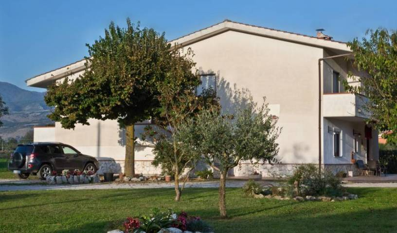 Il Tiglio BB - Search for free rooms and guaranteed low rates in Padula 14 photos