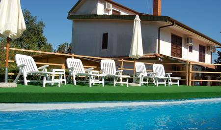La Vecchia Quercia - Search for free rooms and guaranteed low rates in Pedara, Milo, Italy hostels and hotels 6 photos