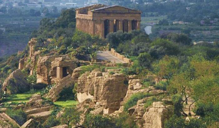 Le 4 Stagioni - Get cheap hostel rates and check availability in Agrigento 12 photos