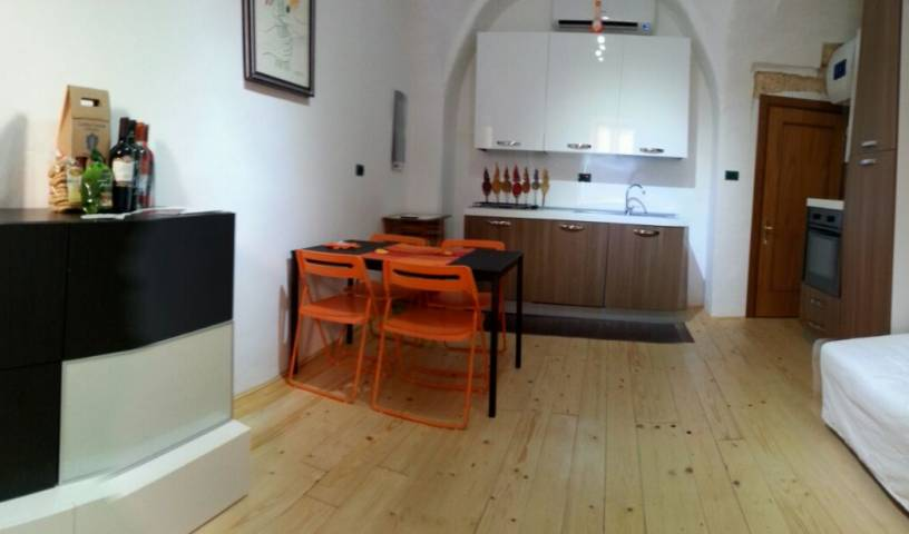 Le Statuine - Search available rooms and beds for hostel and hotel reservations in Barletta, cheap hostels 14 photos