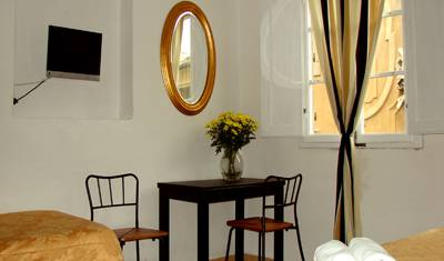 Locanda Gallo - Search for free rooms and guaranteed low rates in Florence 7 photos