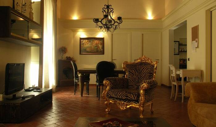 One World Apartments - Search for free rooms and guaranteed low rates in Florence 32 photos