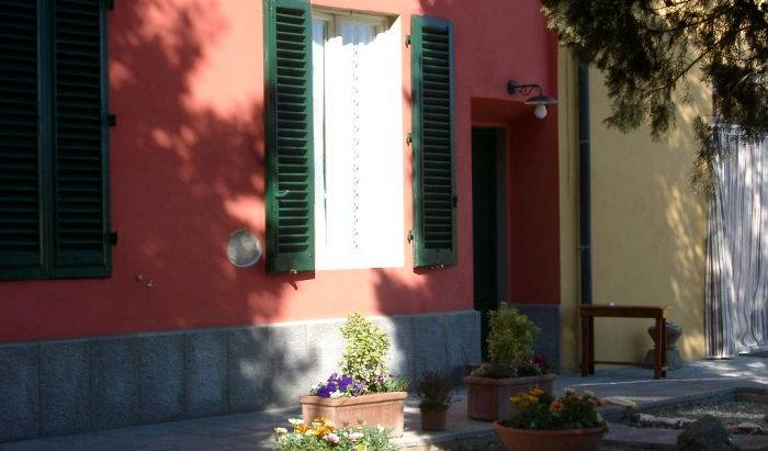 Relais Il Colle Verde - Get cheap hostel rates and check availability in Signa, late hostel check in available 5 photos