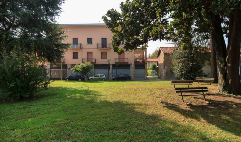 Residenza Sant'anna - Get cheap hostel rates and check availability in Cuggiono, backpacker hostel 12 photos