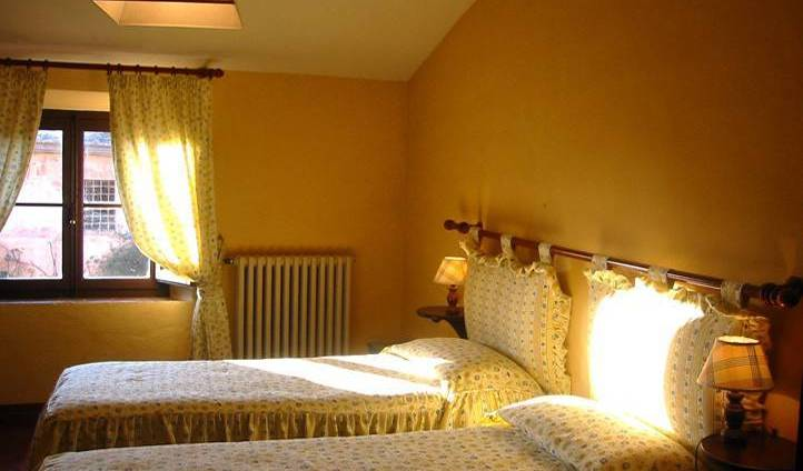 Villa Tuscany Siena, best small town bed & breakfasts in Poggibonsi, Italy 6 photos
