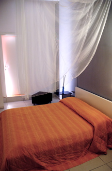 Dei Decumani BB, Napoli, Italy, what is a bed & breakfast? Ask us and book now in Napoli
