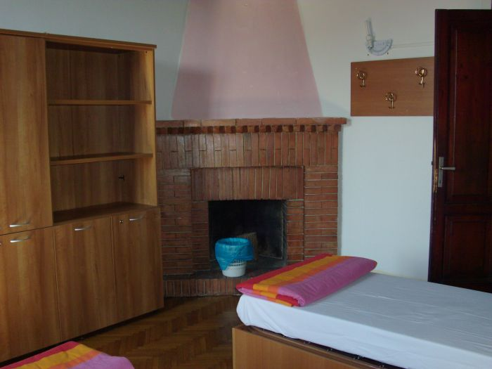 Emerald Palace Hostel, Florence, Italy, backpackers and backpacking bed & breakfasts in Florence