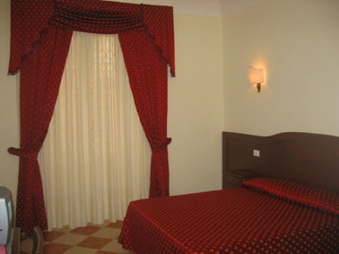 Gaia Bed and Breakfast, Rome, Italy, Italy hostels and hotels