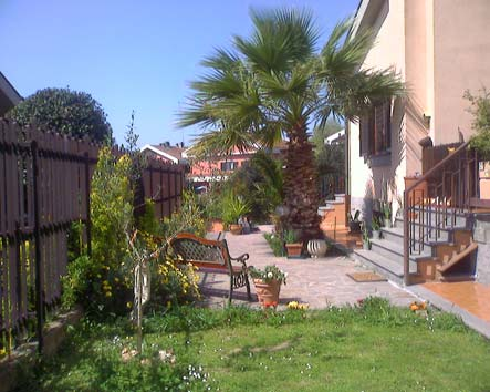Girasolereale Bed And Breakfast, Rome, Italy, guaranteed best price for bed & breakfasts and hotels in Rome