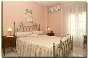 Happysleeping House, Rome, Italy, first-rate holidays in Rome