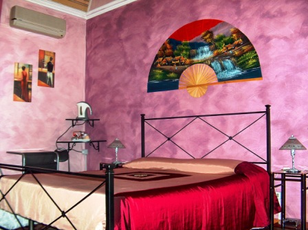 Holland International Rooms, Catania, Italy, unique alternative to bed & breakfasts in Catania
