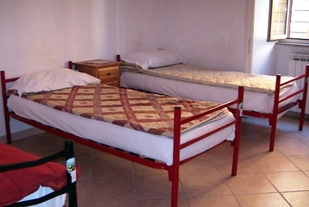 Hostel Alfonso, Rome, Italy, hostels worldwide - online hostel bookings, ratings and reviews in Rome
