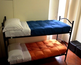 Hostel Candia, Rome, Italy, Italy bed and breakfast e alberghi