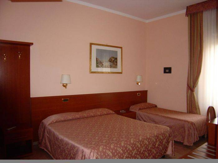 Hotel Aristotele, Rome, Italy, budget hostels in Rome