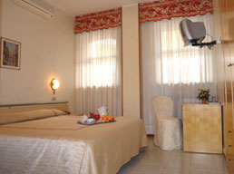 Hotel Cristallo, Brescia, Italy, Italy hostels and hotels
