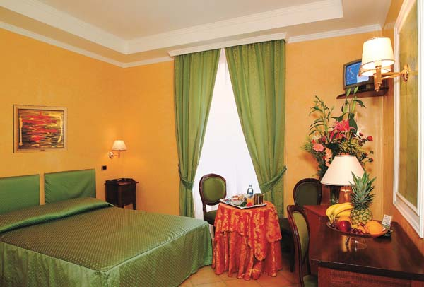 Hotel Montreal, Rome, Italy, alternative booking site, compare prices then book with confidence in Rome
