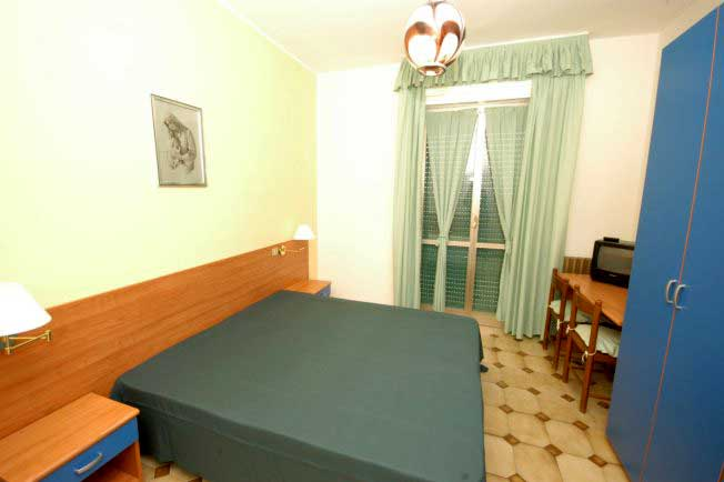 Il Borgo Degli Ulivi Resort, Pietra Ligure, Italy, youth hostels and backpackers for sharing a room in Pietra Ligure