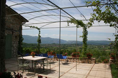 Il Bruco B and B, San Donato Val Di Comino, Italy, give the gift of travel in San Donato Val Di Comino