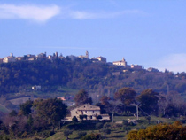 Il Sorger Del Sole, Cingoli, Italy, passport to savings on travel and bed & breakfast bookings in Cingoli