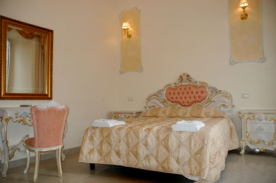 Imperial Rooms, Rome, Italy, Italy bed and breakfast e alberghi