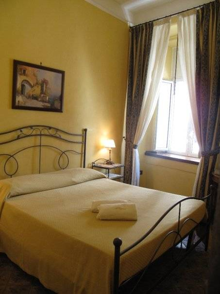 I Visconti, Napoli, Italy, where are the best new bed & breakfasts in Napoli