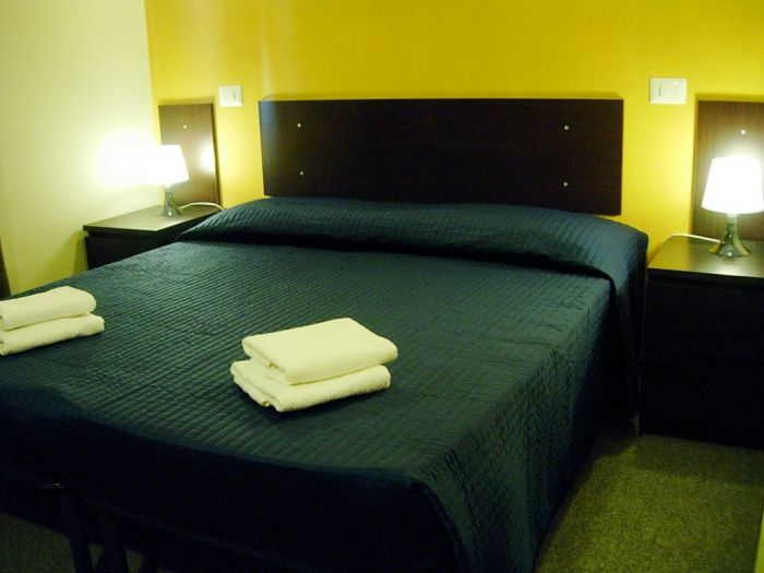 Karolstay Bad and Breakfast Roma, Rome, Italy, online secure confirmed reservations in Rome