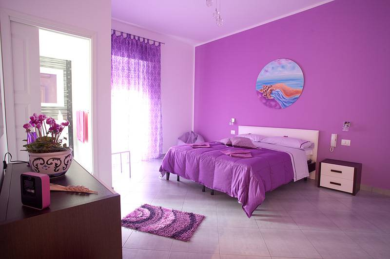 L'angolo di Laura, Trapani, Italy, bed & breakfasts and hotels for mingling with locals in Trapani