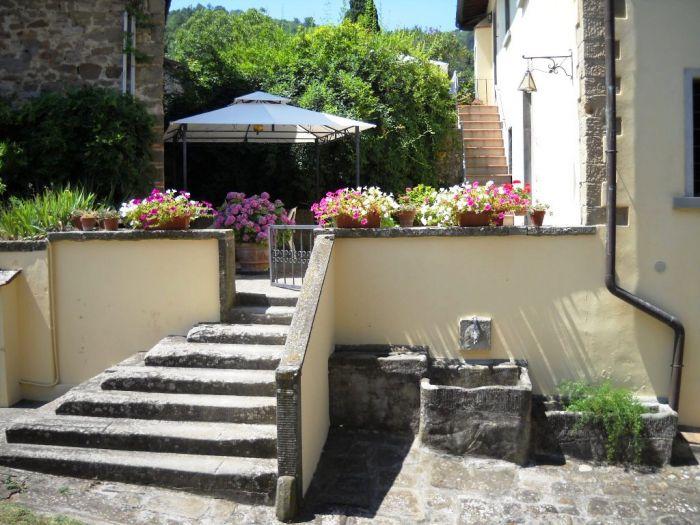 La Pietra Grezza Holidays Home, Rignano sull'Arno, Italy, bed & breakfast reviews and discounted prices in Rignano sull'Arno