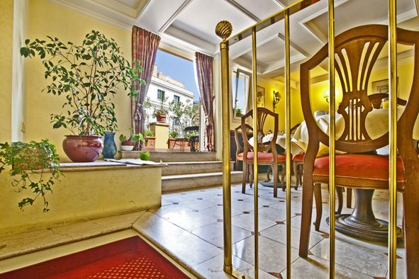 L'Hotel Cinquantatre, Rome, Italy, passport to savings on travel and bed & breakfast bookings in Rome
