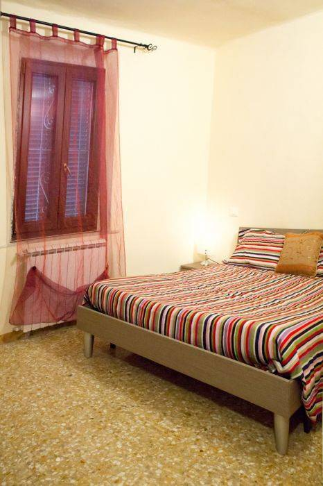 Maison Dei Miracoli, Pisa, Italy, what is a bed and breakfast? Ask us and book now in Pisa