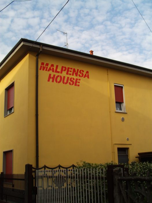 Malpensahouse, Malpensa Airport Milan, Italy, experience living like a local, when staying at a bed & breakfast in Malpensa Airport Milan