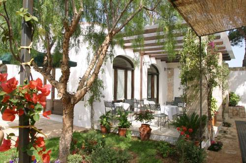 Masseria L'Ovile, Brindisi, Italy, bed & breakfasts with air conditioning in Brindisi