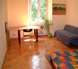 Quodnando B and B, Rome, Italy, bed & breakfasts with travel insurance for your booking in Rome