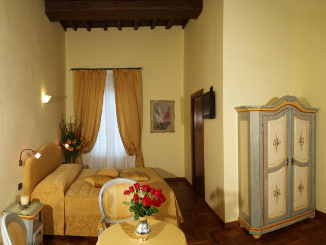 Residenza Della Signoria, Florence, Italy, hostels near beaches and ocean activities in Florence