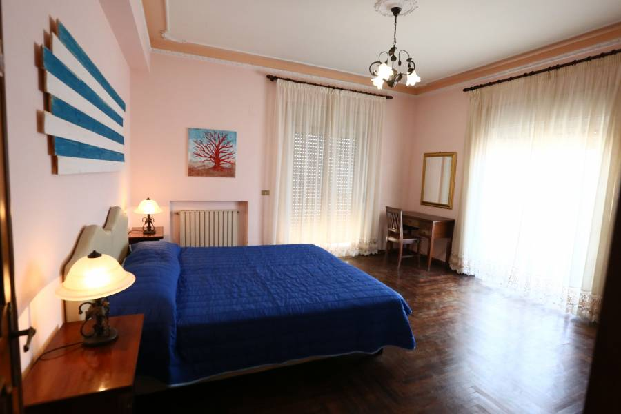 Sirocco BB, Villa San Giovanni, Italy, Italy hostels and hotels