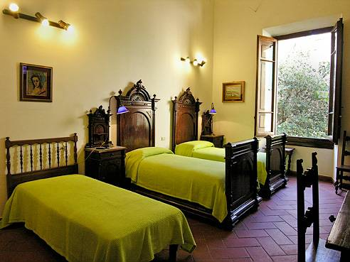 Soggiorno Panerai, Florence, Italy, experience living like a local, when staying at a hostel in Florence