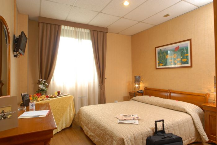 Top Hotel Park Bologna, Bologna, Italy, hostel bookings for special events in Bologna