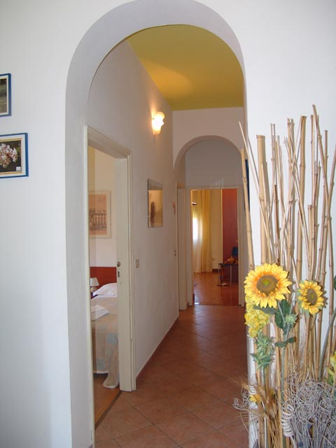 Yellow Apartment, Firenze, Italy, Italy hostels and hotels