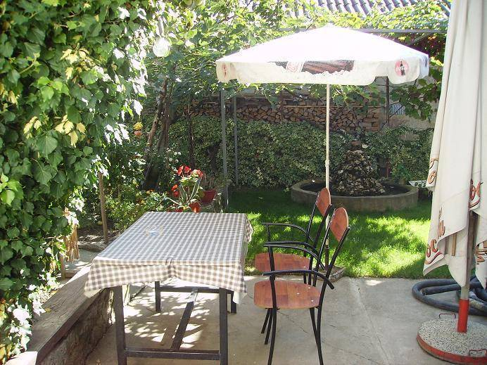 Antonio Guesthouse, Ohrid, Macedonia, rural bed & breakfasts and hotels in Ohrid