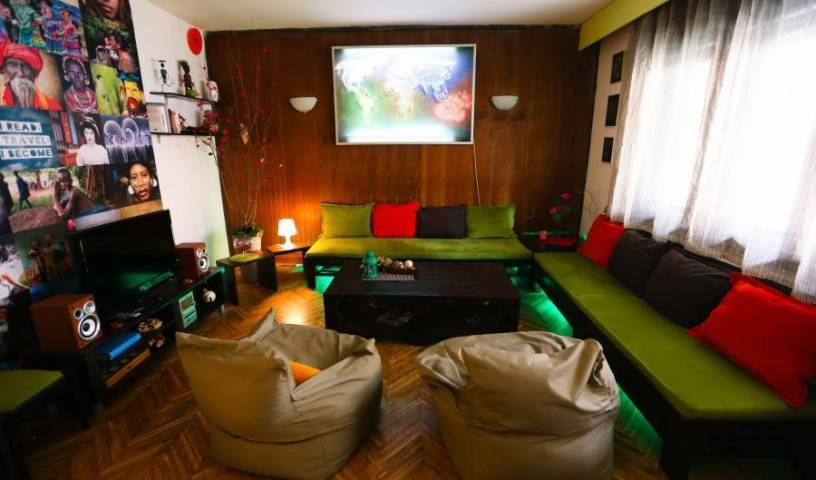 Hi Skopje Hostel, bed and breakfast bookings 21 photos