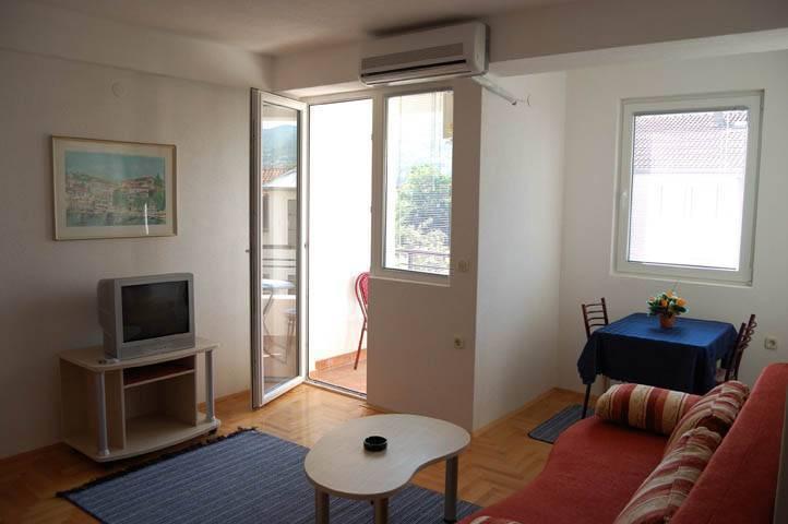 Volkan Apartments, Ohrid, Macedonia, fantastinen hostellit sisään Ohrid