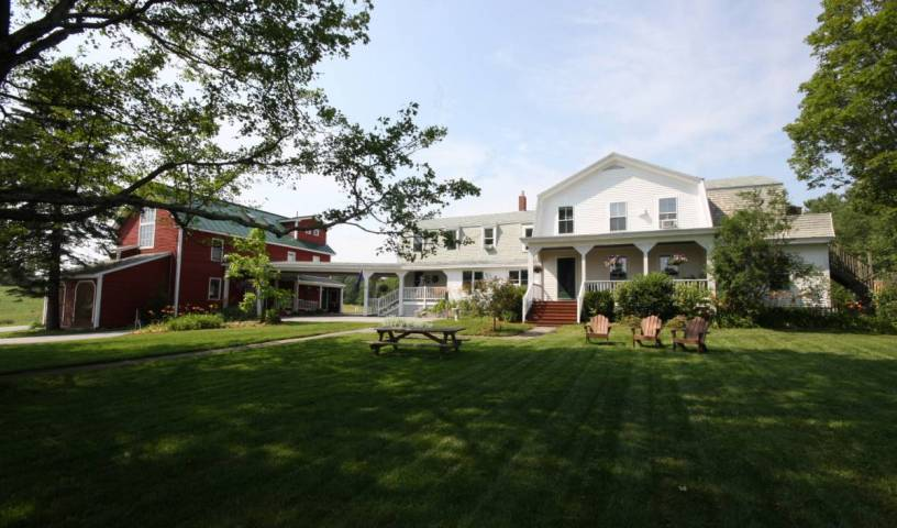 Maple Hill Farm Inn, bed and breakfast bookings 38 photos