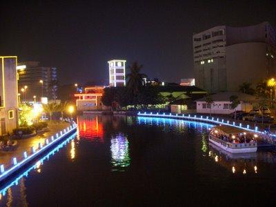 River One Residence, Melaka, Malaysia, Trovarmi il letto migliore & Colazioni e luoghi di soggiorno in Melaka